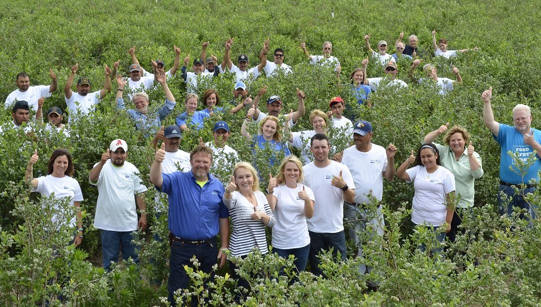group-farm-pic.jpg
